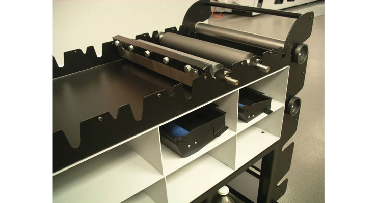 This Mark Andy cart manages ink pans, anilox rolls, plate rolls and more.