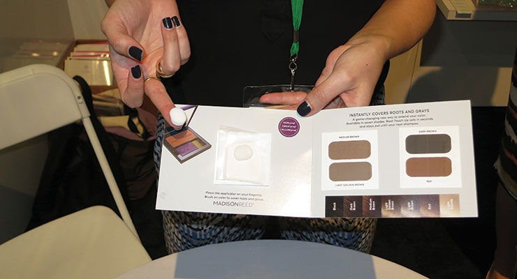 Arcade Beauty presented a new sampling kit—and gesture/applicator—for the root touch-up/hair color category.