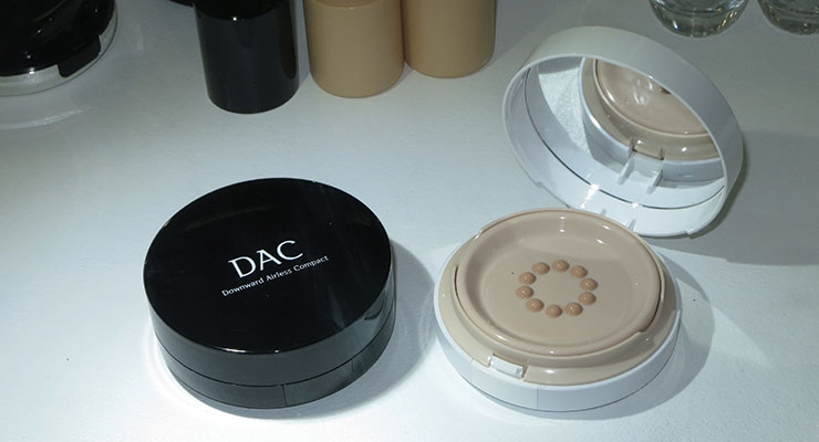 The DAC—or Downward Airless Compact—was one of the latest innovations from Nest-Filler.