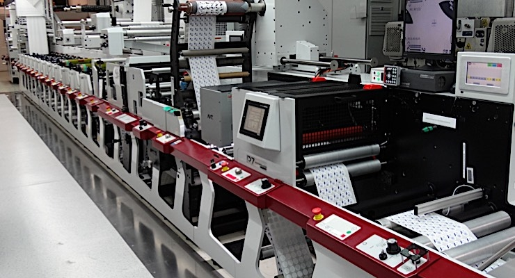 The 12-color press is equipped with the award-winning Mark Andy QCDC diecutting solution.