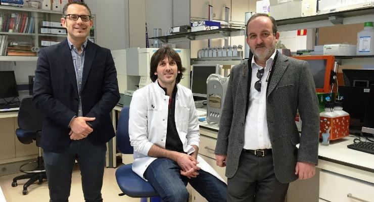 From left to right, researchers Gorka Orive, Pello Sánchez, and José Luis Pedraz.