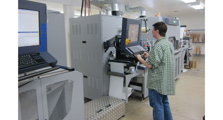The configuration of the Durst Tau 330 at MPI/Labeltek is a global first.