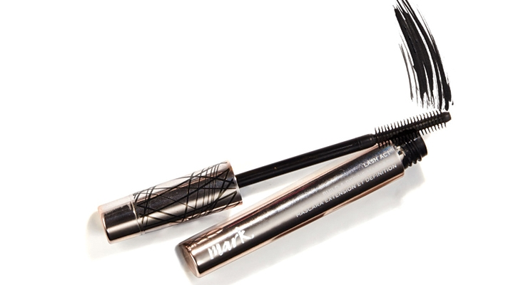 "Avon's Lash Act Build & Define Mascara features what the brand calls ""a game-changer wand."" Twist its handle to either collapse or expand the brush head."