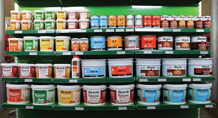 Imported coatings are gradually pushed out from the domestic market (In the photo: grocery shelf in Moscow Oblast).
