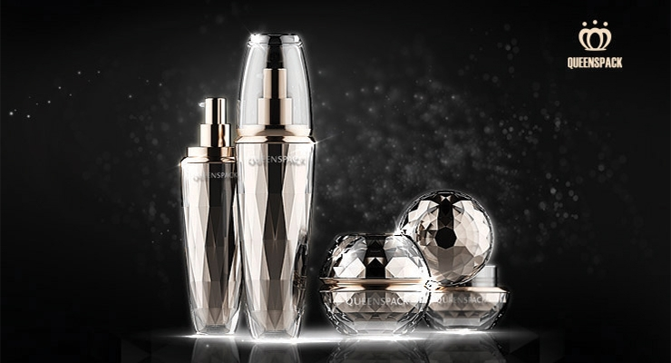 The Diamond Gem Stone collection from Queens Packaging features a mirror-like luxury effect.