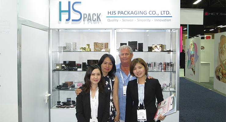 HJS Packaging (L-R): Kimmy Lin, Kate Yin, Buddy Wood, Eunice Chen