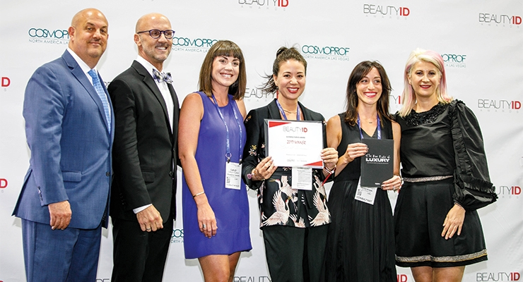 Biossance takes home the Audience Choice Award (L-R): Jay Gorga, Eric Horn, Carley Klekas and Miki Alioto, Biossance; Rebecca Bartlett, Bartlett Brands; Daniela Ciocan