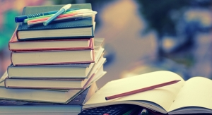 Students Spending Less On Textbooks: Research
