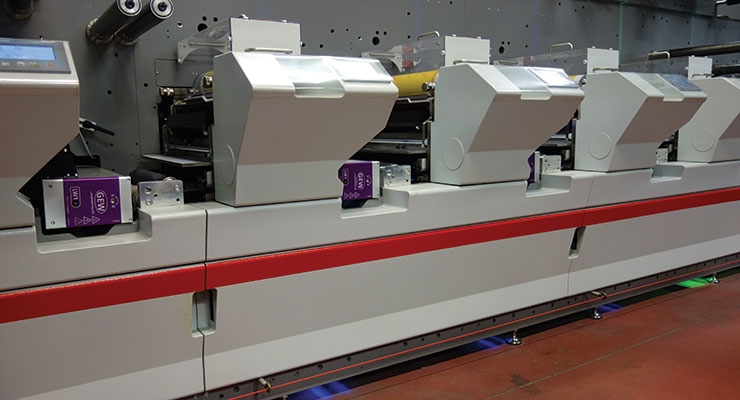 Spain's Etygraf has installed a new Bobst M4L flexo printing press, which is equipped with UV LED curing units from GEW.