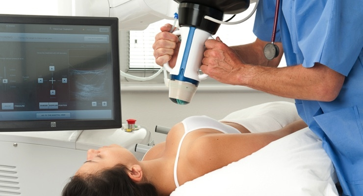 The Echopulse allows non-invasive tumor treatment through ultrasound-guided high-intensity focused ultrasound.