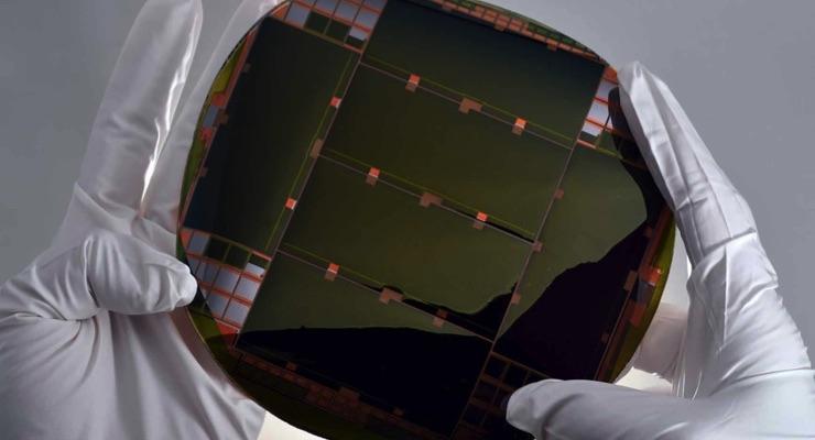 NREL Signs Technology Agreement for High Efficiency Multijunction Solar Cells