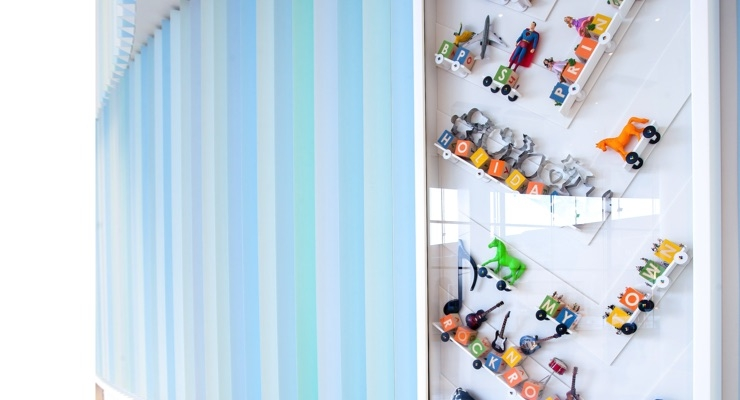 Custom Valspar Architectural Coating Colors Adorn the Interior of Iowa's newest Children's Hospital