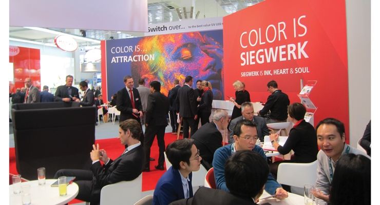 Siegwerk exhibited migration-optimized inks, gloss and matte varnishes, as well as metallic inks for all printing processes.