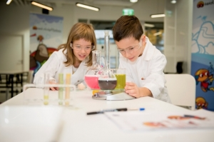 Henkel Encourages Young Scientists