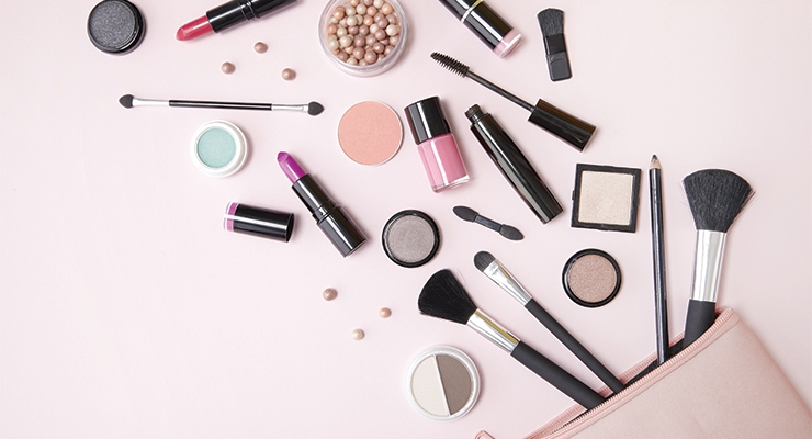Global Color Cosmetics Market On Its Way To $9.5 Billion By 2023 - Beauty  Packaging