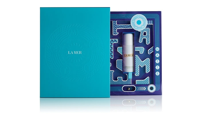 La Mer's limited-edition box for its new Moisturizing Matte Lotion, manufactured by MW Luxury Packaging, is inspired by traditional pinball machines that invite customers to play. The letters M, A, T, T and E are made of foam and form a labyrinth.