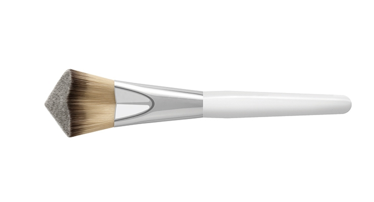 Pennelli Faro's cosmetic brushes, like the new origami brush pictured here, feature designs, shapes and lines with ergonomic functionality and avant-garde fibers.