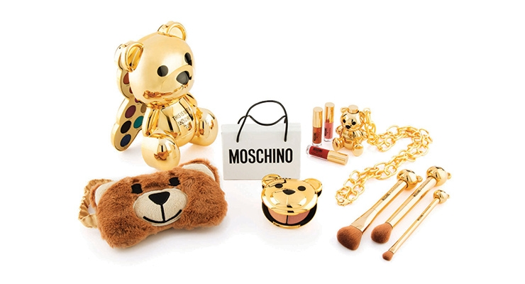 A couple of the standout packages at HCT Group included the Sephora X Moschino collection,  and the supplier's airless compact with deco plate, featuring two different types of deco.