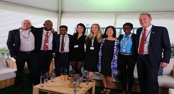 (L-R): Young Champions Adam Dixon, Eritai Kateibwi, Omer Badokhon and Liliana Jaramillo Pazmiño; singer/songwriter and UN Environment Global Goodwill Ambassador Ellie Goulding; Young Champions Kaya Dorey and Mariama Mamane; and Richard Northcote, Covestro chief sustainability officer.