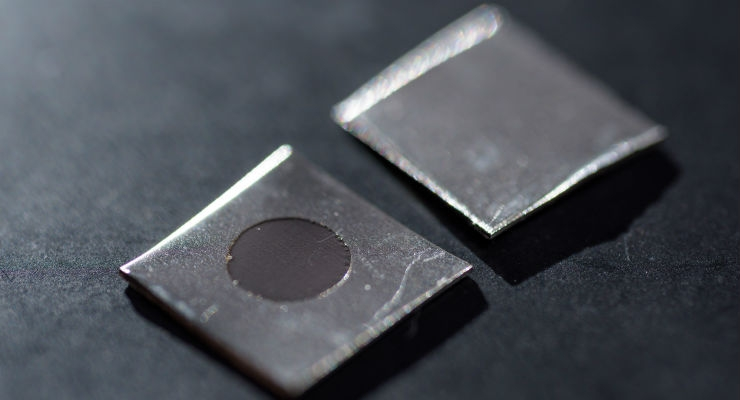 Close-up image shows an untreated stainless steel sample (left), and a sample that has been electrochemically treated to create a nanotextured surface. The sample was prepared by using a potentiostat in Professor Preet Singh