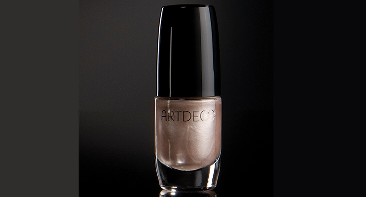 Corpack's nail polish bottle for Artdeco.
