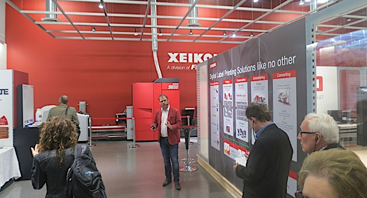 Filip Weymans leads a tour at the inaugural Xeikon Cafe North America.