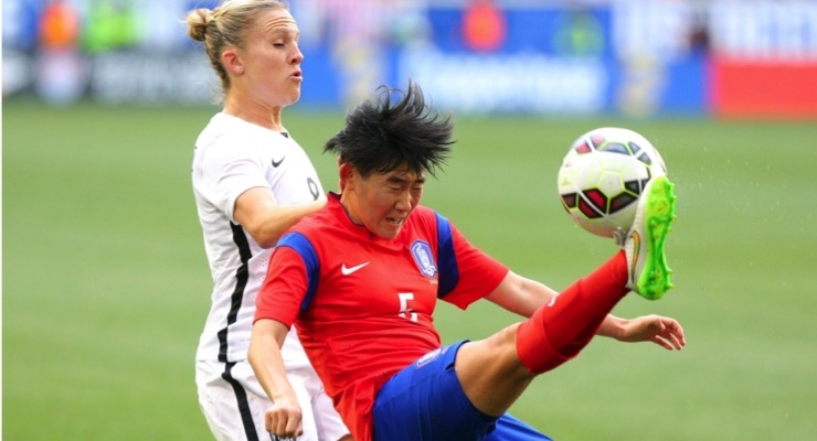 AAOS: Female Soccer Players Face Higher Risk of Additional Knee Surgery After Revision ACL