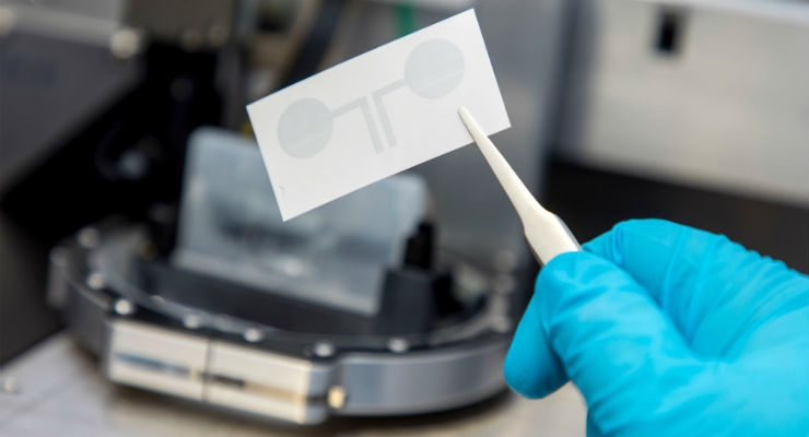 Researchers at TU Graz present tattoo electrodes from the printer, which are particularly attractive for long-term medical diagnostics. Image courtesy of Lunghammer/TU Graz.