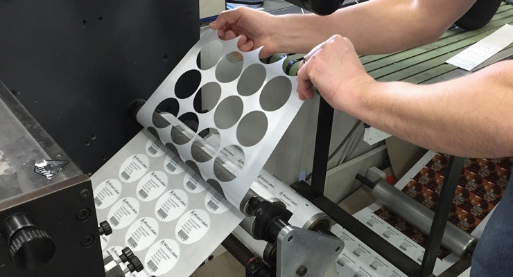 Label Traxx allows users to register their labels on finishing equipment.