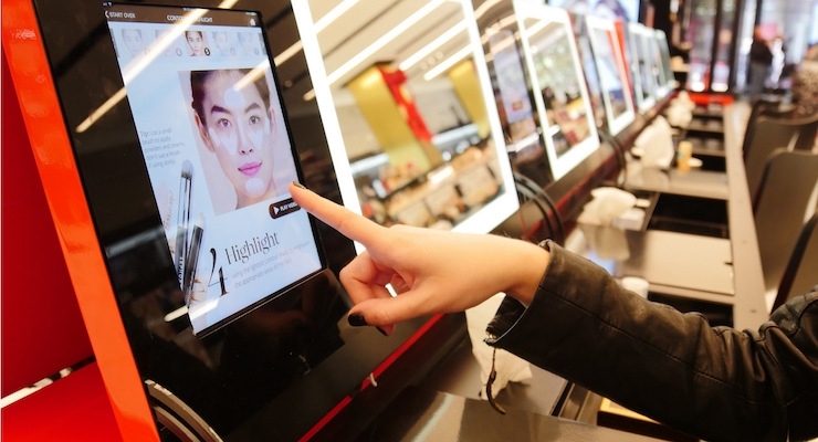 Beauty's Retail Landscape Integrates with Technology