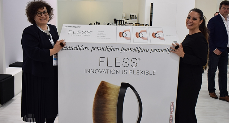 Pennellifaro CEO Sara Zanafredi (L) and Mariangela Porpora present Fless, their new flexible ring brush, which took more than three years to develop.