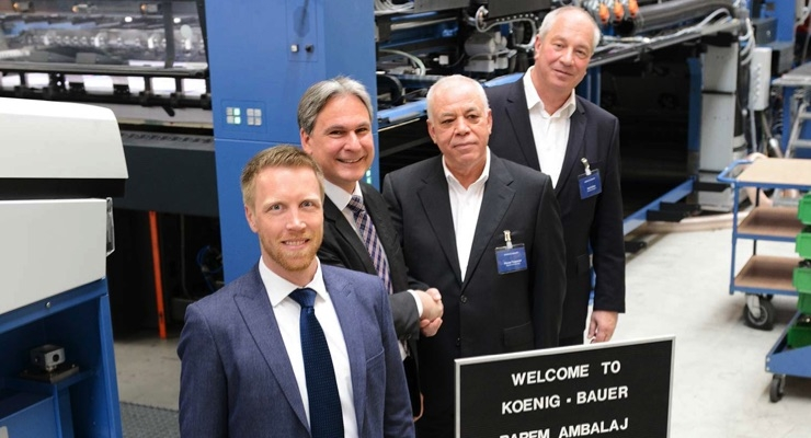 From left, Felix Richter and Dietmar Heyduck, both from Koenig & Bauer, Recep Tasyanar, owner of Barem Ambalaj, and Rolf Köhle, sales director of Dereli Graphic, checked the progress of work on the Rapida 164 for the Turkish packaging printer. (Source: Koenig & Bauer)