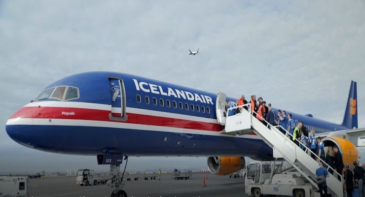 AkzoNobel, Icelandair