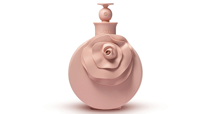 Metapack produced the flower to match the closure, which is made by MBF Plastiques, for the Valentina Poudre fragrance.