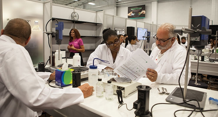 At the Formulation Lab,  cosmetic chemists will learn from expert formulators who will give helpful tips and practical advice.