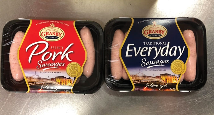 Granby Sausages, looking to move away from traditional self-adhesive labels, turned to Ravenwood for a linerless solution that highlighted the freshness of the product.