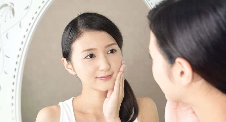 Analysts like what they see when they look at the Asian beauty market.