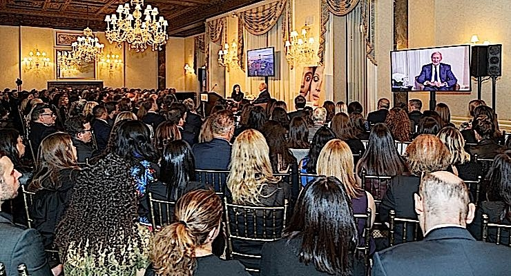 It was a full house at New York City's Harmonie Club, site of Newsmaker Forum featuring Jean-Paul Agon.