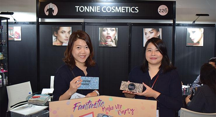 Tonnie Cosmetics: Ida Lin (L); Laurah Yeh