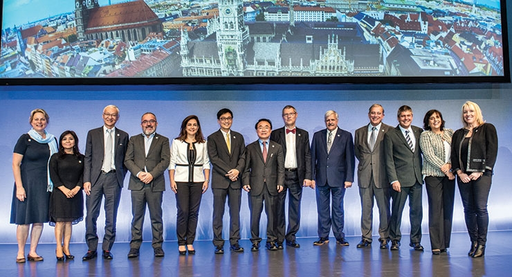 Take a bow! The IFSCC Praesidium is recognized for its extraordinary work.