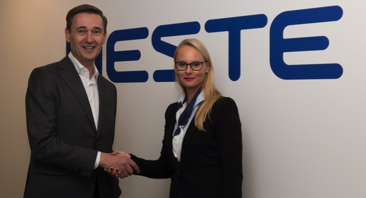 Neste President & CEO Peter Vanacker and Gloria Glang, VP, head of global advanced surface solutions business, Clariant/Courtesy Neste