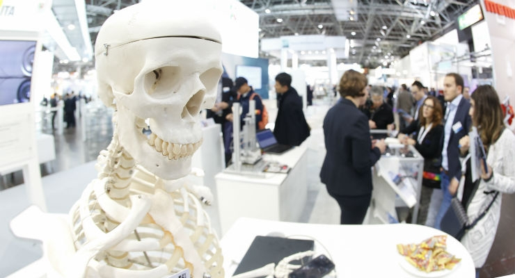Greetings from Medica 2018. Some folks have been here for a really long time. Time again for a look at what you (and this poor soul) may have missed.
