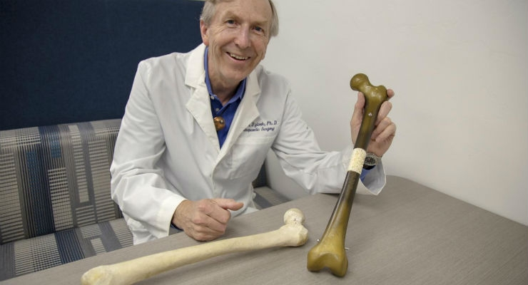 Dr. John Szivek, a biomedical engineer and professor of orthopedic surgery, has received a five-year, $2 million grant from the U.S. Department of Defense to launch a study to determine how to heal bone fractures using a combination of 3D printing and adult stem cells. Image courtesy of Nadia Whitehead / UA College of Medicine - Tucson.