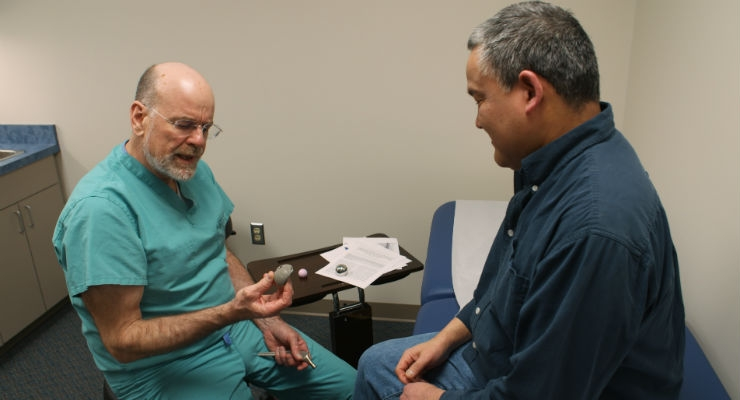 Alaskan orthopedic surgeon Stephen Tower, M.D., consults with a patient. Tower suffered a mental breakdown due to cobalt poisoning from a hip replacement in 2006. Image courtesy of Netflix.