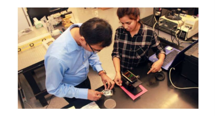 Louisiana State University mechanical enginerring assistant professor Manas Gartia (above left) and his team of researchers have created an accessible way for women—and men—to test for the BReast CAncer gene (BRCA10. Image courtesy of LSU.