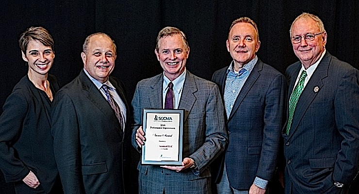 Jennifer Abril, President & CEO, Society of Chemical Manufacturers & Affiliates (SOCMA) ; Jon Amdursky, MFG Chemical Marketing Communications; Keith Arnold, MFG Chemical President & CEO (holding Award); Paul Turgeon, MFG Board Director; Gene Williams, Chairman of  the SOCMA Board of Governors.