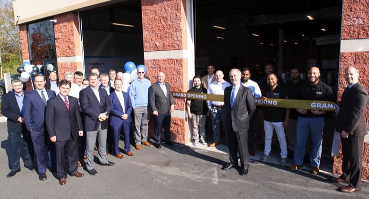 Cryoport CEO Jerry Shelton celebrates the grand opening of the new Cryoport Global Logistics Center in Livingston, NJ, which will serve clients including Novartis, Celgene and bluebird bio.