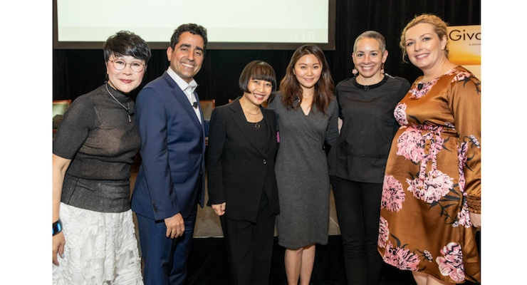 On the Panel: Wei Brian, Wei Beauty; Freddy Bharucha, P&G Beauty; Lan Vu, BeautyStreams; Jackie Lee, Alibaba Group; Jenny Fine, Moderator, Beauty Inc; and Kristy Watson, Erno Laszlo.