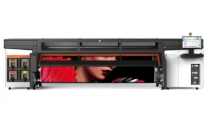 HP Expands Digital Textile Printing for Signage, Décor with New Super Wide Stitch S1000