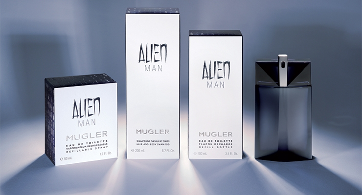 Filigree embossing with hot foil emphasize the product value, on Model Kramp's packaging for the new men's fragrance 'Alien Man' by MUGLER.